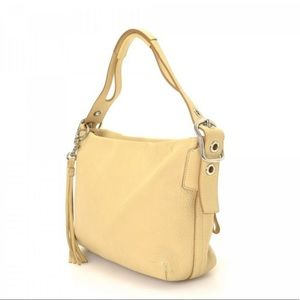 Coach pebbled leather shoulder bag purse